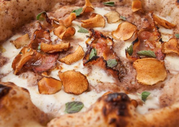 Bij nNea eet je de lekkerste traditionele Napolitaanse pizza
