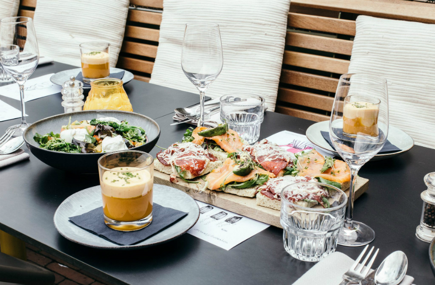 de-kanarie-club-lunch