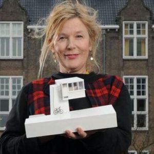 Suzanne Oxenaar van Sweets Hotel over slapen in brugwachtershuisjes