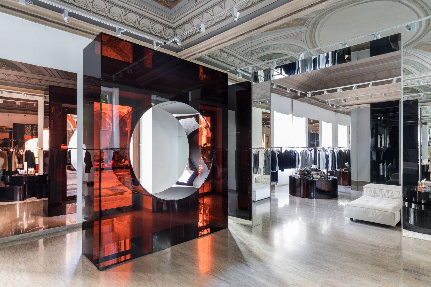 Salle Privée opent parfumwinkel op de Cornelis Schuytstraat