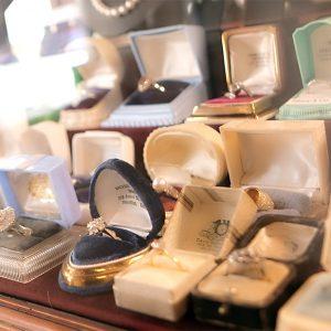 Bruens Juwelier & Antiquair