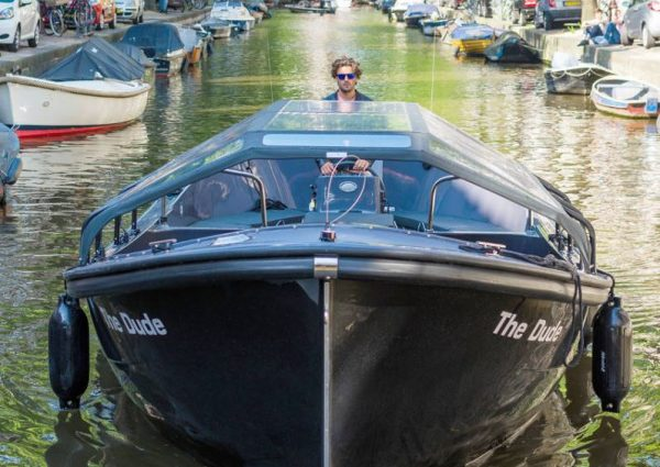 Small Boat Tour – Departs from Anne Frank House