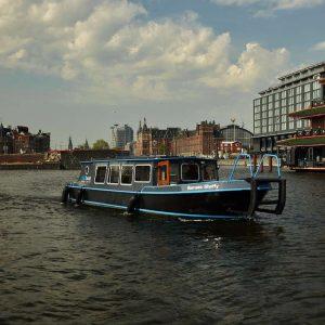 Cruise Amsterdam like a local